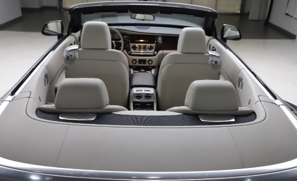 Used 2017 Rolls-Royce Dawn Base for sale $248,900 at Bugatti of Greenwich in Greenwich CT 06830 26
