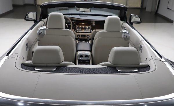 Used 2017 Rolls-Royce Dawn for sale $248,900 at Bugatti of Greenwich in Greenwich CT 06830 26