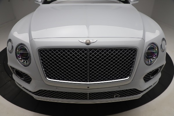 New 2020 Bentley Bentayga Hybrid for sale $220,475 at Bugatti of Greenwich in Greenwich CT 06830 13