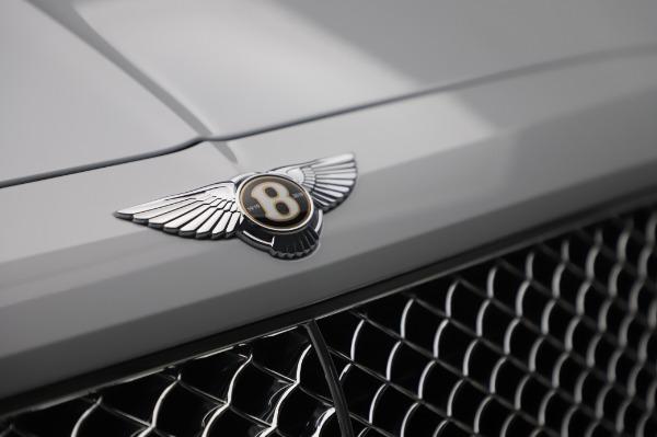 New 2020 Bentley Bentayga Hybrid for sale $220,475 at Bugatti of Greenwich in Greenwich CT 06830 14