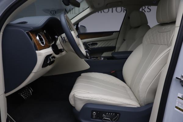 New 2020 Bentley Bentayga Hybrid for sale $220,475 at Bugatti of Greenwich in Greenwich CT 06830 19