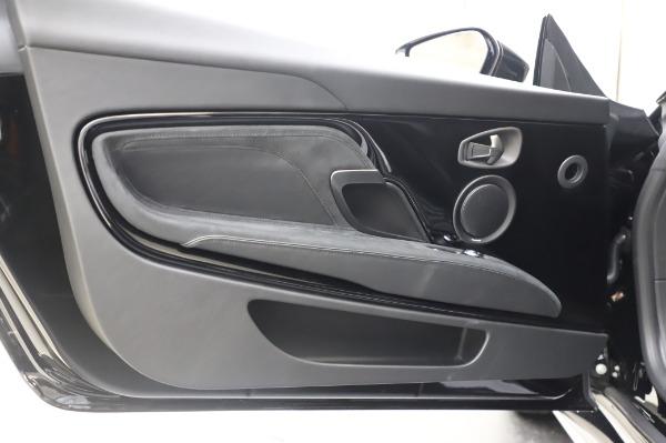New 2020 Aston Martin DBS Superleggera Coupe for sale $328,786 at Bugatti of Greenwich in Greenwich CT 06830 16
