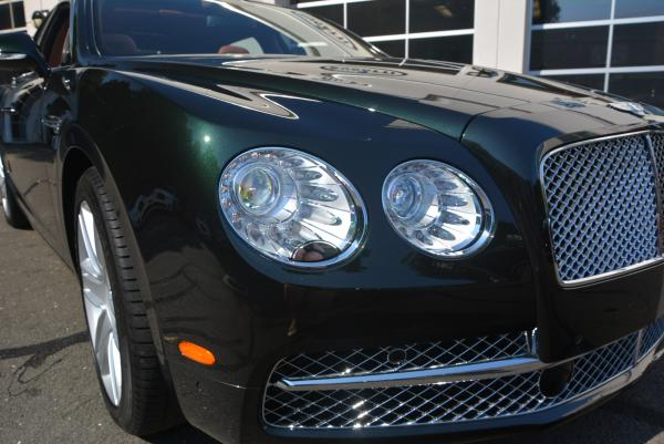 Used 2016 Bentley Flying Spur W12 for sale Sold at Bugatti of Greenwich in Greenwich CT 06830 7