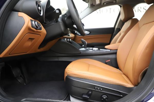 New 2020 Alfa Romeo Giulia Q4 for sale $42,845 at Bugatti of Greenwich in Greenwich CT 06830 13