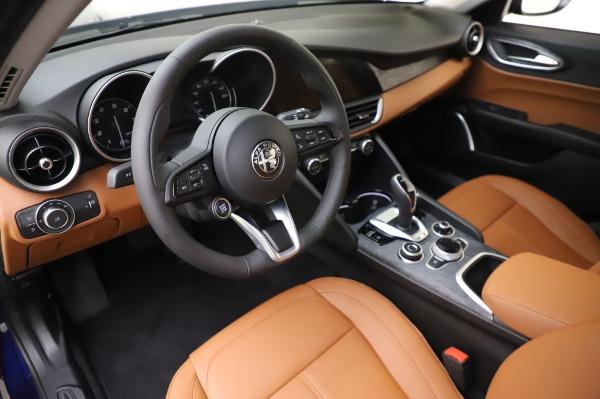 New 2020 Alfa Romeo Giulia Q4 for sale $42,845 at Bugatti of Greenwich in Greenwich CT 06830 14