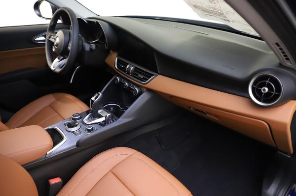 New 2020 Alfa Romeo Giulia Q4 for sale $42,845 at Bugatti of Greenwich in Greenwich CT 06830 21