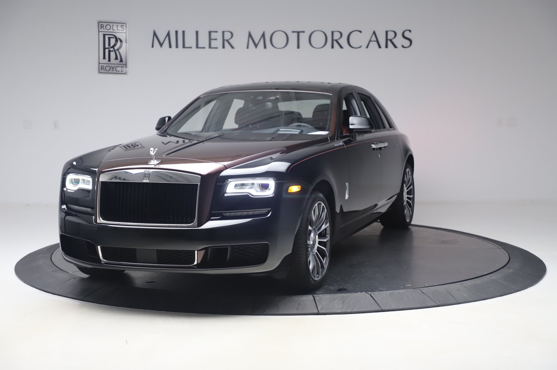 New 2020 Rolls-Royce Ghost for sale $450,450 at Bugatti of Greenwich in Greenwich CT 06830 1