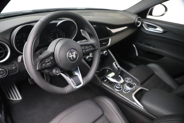 New 2020 Alfa Romeo Giulia Ti Sport Carbon Q4 for sale $51,640 at Bugatti of Greenwich in Greenwich CT 06830 13