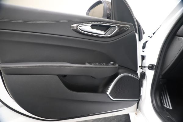 New 2020 Alfa Romeo Giulia Ti Sport Carbon Q4 for sale $51,640 at Bugatti of Greenwich in Greenwich CT 06830 17