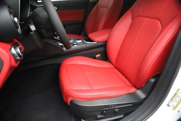 New 2020 Alfa Romeo Giulia Q4 for sale $44,845 at Bugatti of Greenwich in Greenwich CT 06830 15