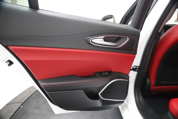 New 2020 Alfa Romeo Giulia Q4 for sale $44,845 at Bugatti of Greenwich in Greenwich CT 06830 21