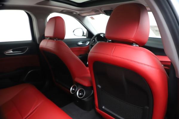 New 2020 Alfa Romeo Giulia Q4 for sale $44,845 at Bugatti of Greenwich in Greenwich CT 06830 28