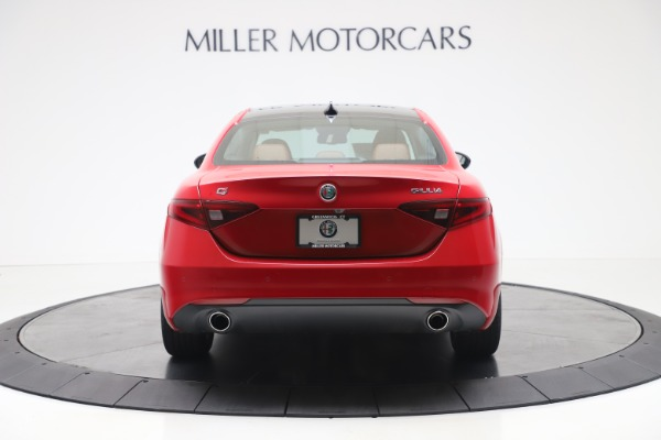 New 2020 Alfa Romeo Giulia Q4 for sale $40,466 at Bugatti of Greenwich in Greenwich CT 06830 6
