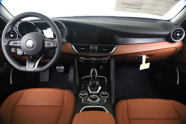 New 2020 Alfa Romeo Giulia Q4 for sale Sold at Bugatti of Greenwich in Greenwich CT 06830 16