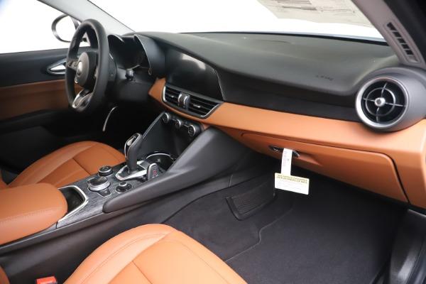 New 2020 Alfa Romeo Giulia Q4 for sale Sold at Bugatti of Greenwich in Greenwich CT 06830 22