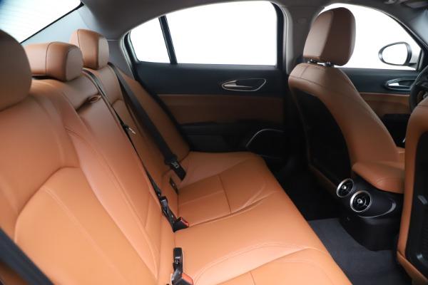 New 2020 Alfa Romeo Giulia Q4 for sale Sold at Bugatti of Greenwich in Greenwich CT 06830 27