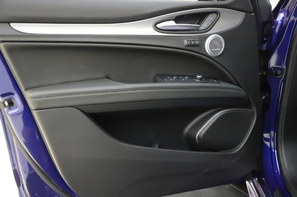 New 2020 Alfa Romeo Stelvio Ti Sport Q4 for sale $57,045 at Bugatti of Greenwich in Greenwich CT 06830 17
