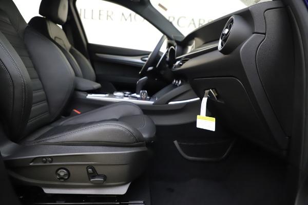 New 2020 Alfa Romeo Stelvio Ti Sport Q4 for sale $57,045 at Bugatti of Greenwich in Greenwich CT 06830 23