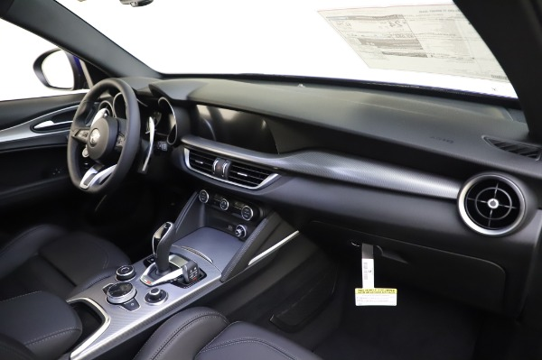 New 2020 Alfa Romeo Stelvio Ti Sport Q4 for sale $57,045 at Bugatti of Greenwich in Greenwich CT 06830 24