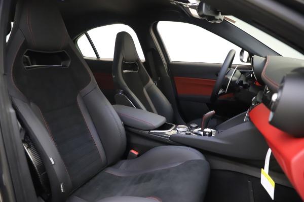New 2020 Alfa Romeo Giulia Quadrifoglio for sale $87,445 at Bugatti of Greenwich in Greenwich CT 06830 21