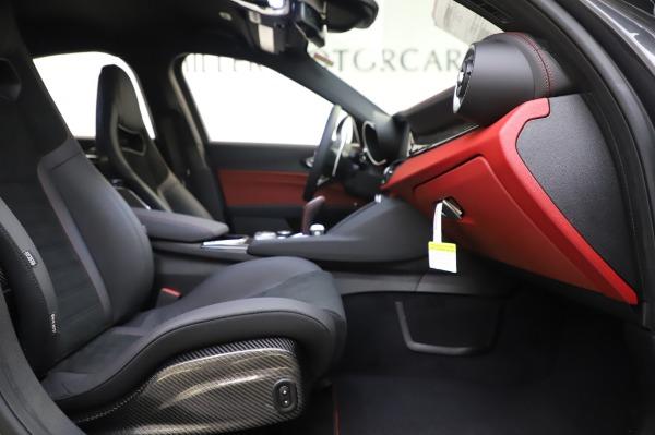 New 2020 Alfa Romeo Giulia Quadrifoglio for sale $87,445 at Bugatti of Greenwich in Greenwich CT 06830 22