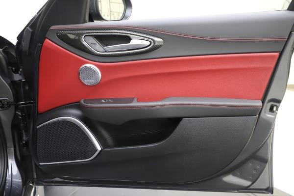 New 2020 Alfa Romeo Giulia Quadrifoglio for sale $87,445 at Bugatti of Greenwich in Greenwich CT 06830 24