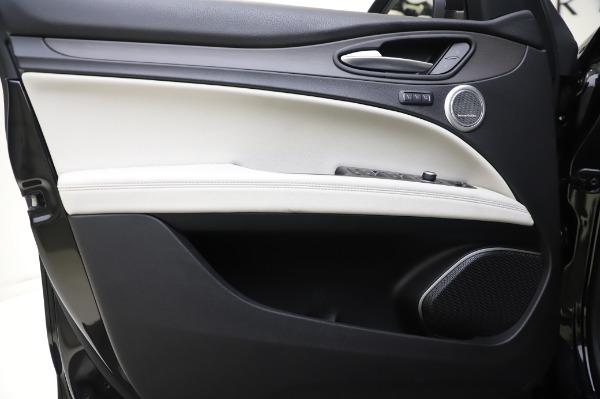 New 2020 Alfa Romeo Stelvio Ti Q4 for sale $50,895 at Bugatti of Greenwich in Greenwich CT 06830 16