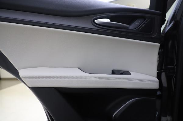 New 2020 Alfa Romeo Stelvio Ti Q4 for sale $50,895 at Bugatti of Greenwich in Greenwich CT 06830 20