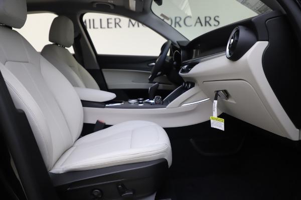 New 2020 Alfa Romeo Stelvio Ti Q4 for sale $50,895 at Bugatti of Greenwich in Greenwich CT 06830 22