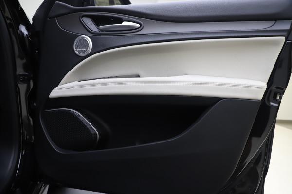 New 2020 Alfa Romeo Stelvio Ti Q4 for sale $50,895 at Bugatti of Greenwich in Greenwich CT 06830 24