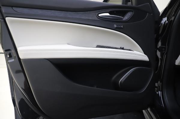 New 2020 Alfa Romeo Stelvio Q4 for sale $47,395 at Bugatti of Greenwich in Greenwich CT 06830 17