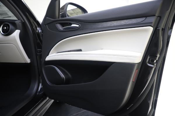 New 2020 Alfa Romeo Stelvio Q4 for sale $47,395 at Bugatti of Greenwich in Greenwich CT 06830 25