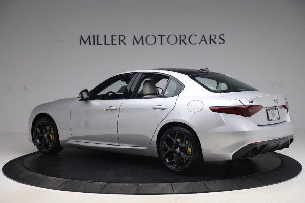 New 2020 Alfa Romeo Giulia Sport Q4 for sale $48,795 at Bugatti of Greenwich in Greenwich CT 06830 4