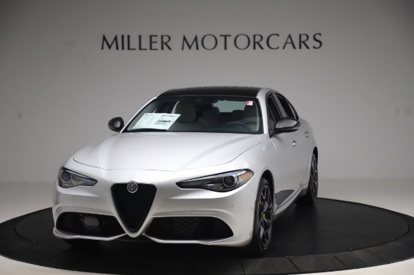 New 2020 Alfa Romeo Giulia Sport Q4 for sale $48,795 at Bugatti of Greenwich in Greenwich CT 06830 1