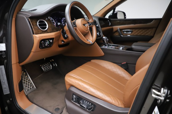 Used 2017 Bentley Bentayga W12 for sale $138,900 at Bugatti of Greenwich in Greenwich CT 06830 17