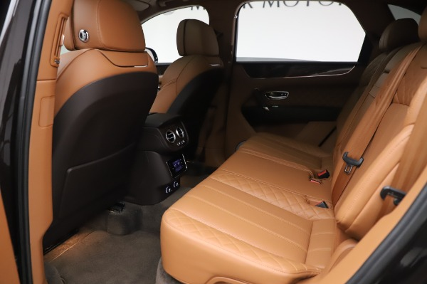 Used 2017 Bentley Bentayga W12 for sale $138,900 at Bugatti of Greenwich in Greenwich CT 06830 20