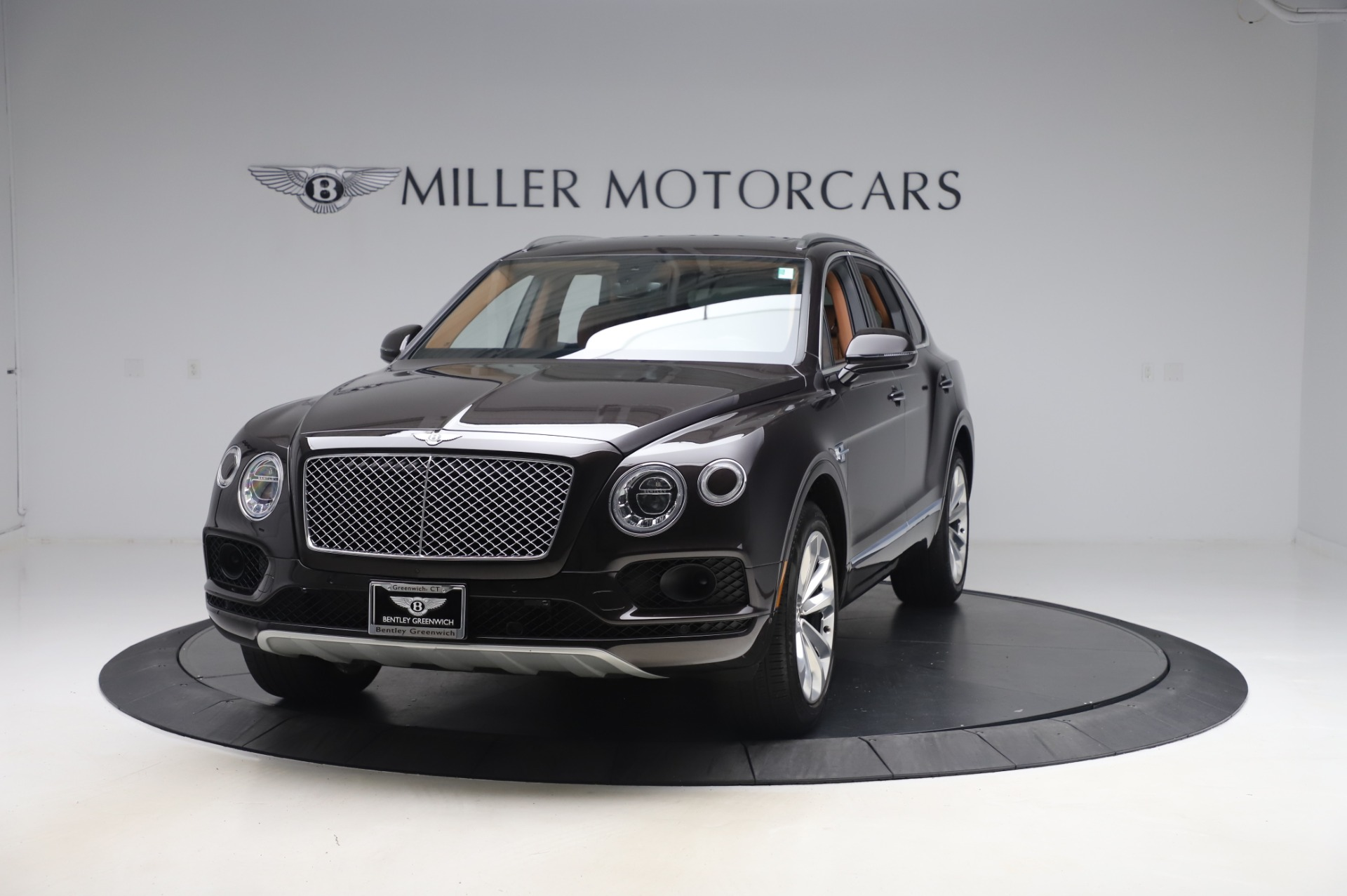 Used 2017 Bentley Bentayga W12 for sale $138,900 at Bugatti of Greenwich in Greenwich CT 06830 1