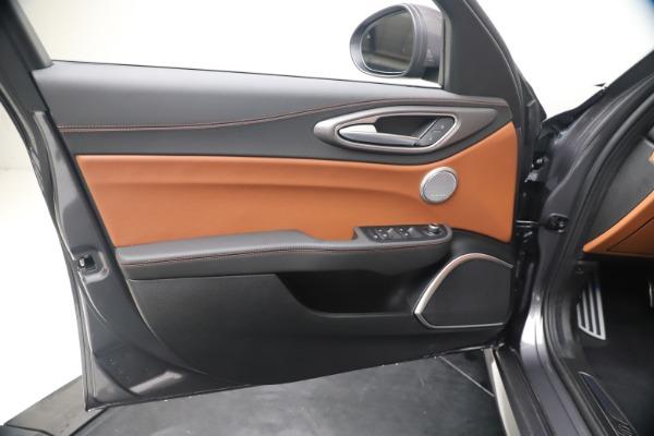 New 2020 Alfa Romeo Giulia Ti Sport Q4 for sale $55,695 at Bugatti of Greenwich in Greenwich CT 06830 17
