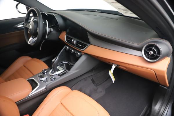 New 2020 Alfa Romeo Giulia Ti Sport Q4 for sale $55,695 at Bugatti of Greenwich in Greenwich CT 06830 22