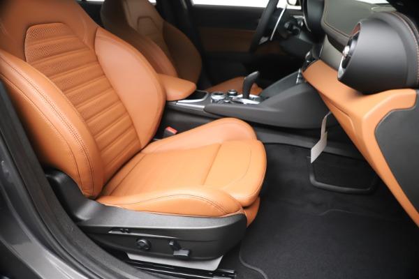 New 2020 Alfa Romeo Giulia Ti Sport Q4 for sale $55,695 at Bugatti of Greenwich in Greenwich CT 06830 24