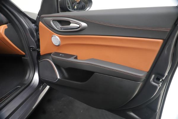 New 2020 Alfa Romeo Giulia Ti Sport Q4 for sale $55,695 at Bugatti of Greenwich in Greenwich CT 06830 25