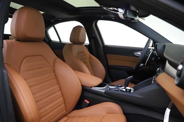 New 2020 Alfa Romeo Giulia Ti Sport Q4 for sale $51,495 at Bugatti of Greenwich in Greenwich CT 06830 22
