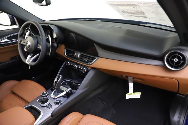 New 2020 Alfa Romeo Giulia Ti Sport Q4 for sale $51,495 at Bugatti of Greenwich in Greenwich CT 06830 24