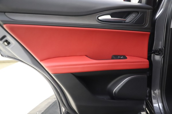 New 2020 Alfa Romeo Stelvio Ti Q4 for sale Sold at Bugatti of Greenwich in Greenwich CT 06830 24