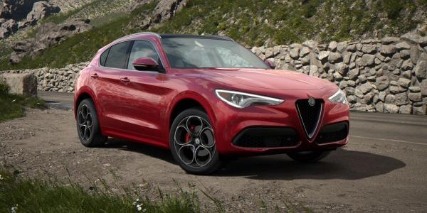 New 2020 Alfa Romeo Stelvio Ti Lusso Q4 for sale $54,745 at Bugatti of Greenwich in Greenwich CT 06830 2