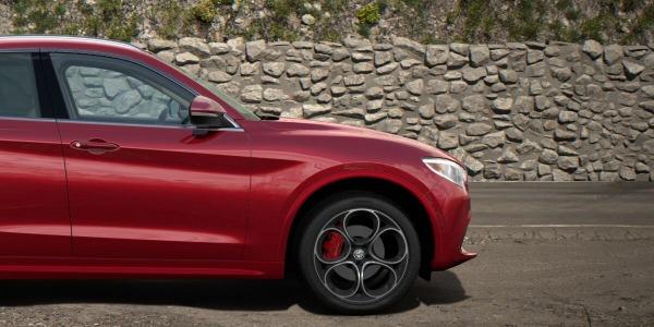 New 2020 Alfa Romeo Stelvio Ti Lusso Q4 for sale $54,745 at Bugatti of Greenwich in Greenwich CT 06830 3