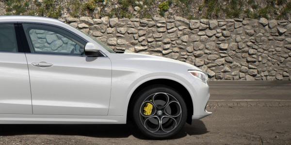 New 2020 Alfa Romeo Stelvio Ti Lusso Q4 for sale $55,045 at Bugatti of Greenwich in Greenwich CT 06830 3