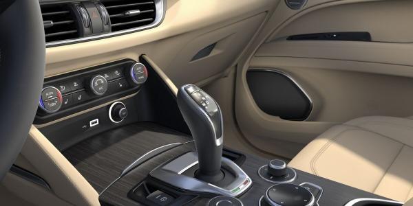 New 2020 Alfa Romeo Stelvio Ti Lusso Q4 for sale $55,045 at Bugatti of Greenwich in Greenwich CT 06830 5
