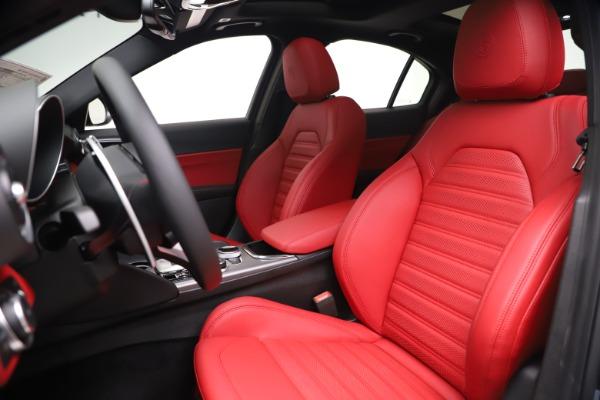 New 2020 Alfa Romeo Giulia Ti Sport Q4 for sale Sold at Bugatti of Greenwich in Greenwich CT 06830 15