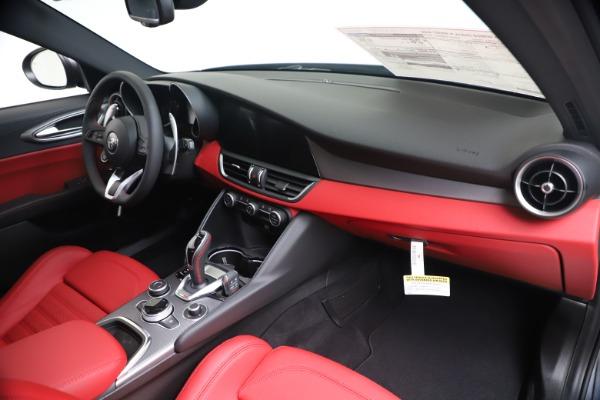 New 2020 Alfa Romeo Giulia Ti Sport Q4 for sale Sold at Bugatti of Greenwich in Greenwich CT 06830 24